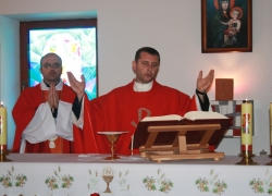 о. Віктор та о. Сергій, Свята Меса, Воздвиження Хреста Господнього